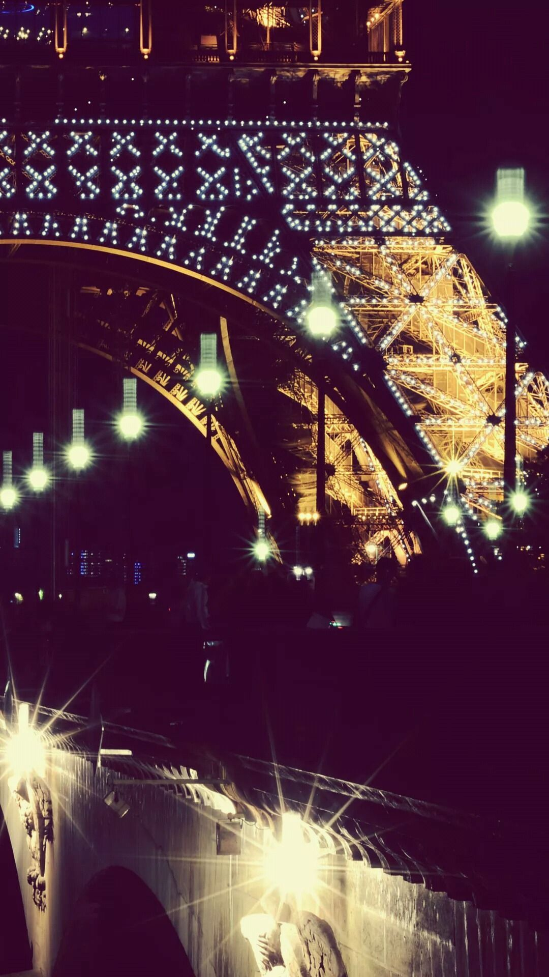 Eiffel Tower At Night Iphone Wallpaper